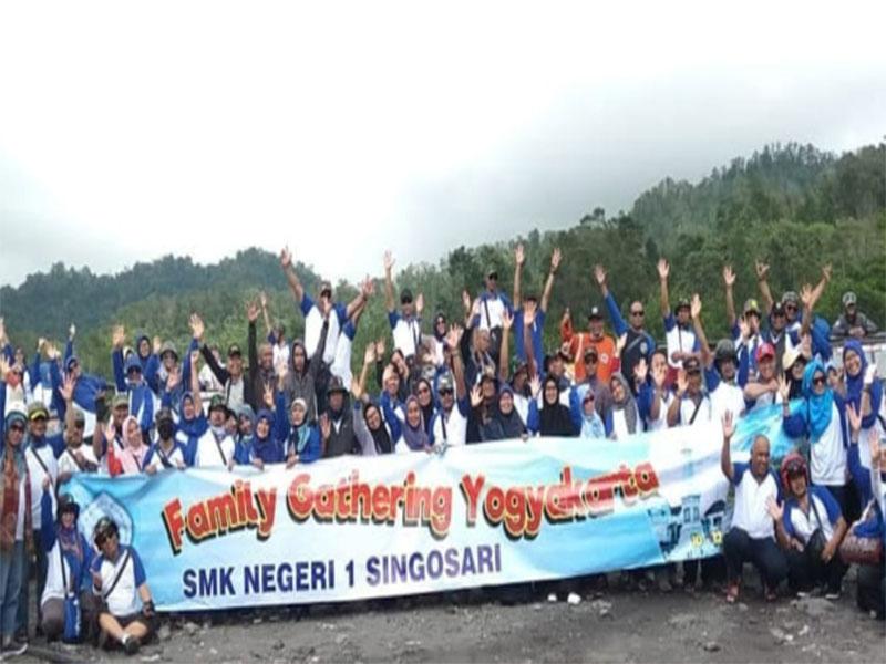 Family Gathering SMK Negeri Singosari
